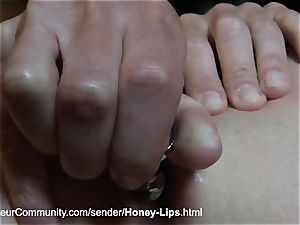 jaw-dropping babe gets screwed in her insatiable fuckholes