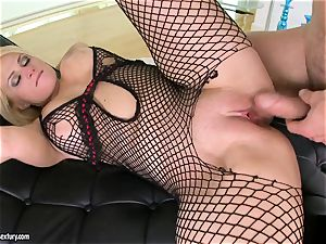 Brooklyn Bailey enjoys the muscled sword working rock-hard to pour out on her