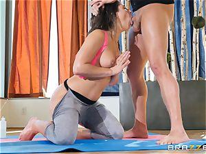 Abella Danger gets a real yoga lesson