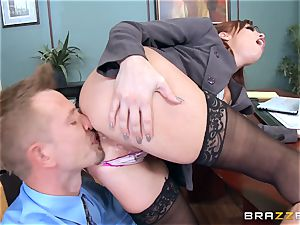 red-haired manager Britney Amber porks a mischievous worker