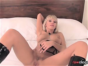 Pvc softcore babe plays with her vag