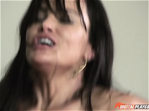 Getting gigantic beef whistle deep into Lisa Ann