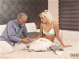 DADDY4K. girl rails senior gent s joystick in parent porno video