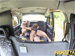 fake taxi Deep gullet gasping cougar gets backseat facial