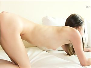 super-naughty babe Lola Hunter romped deep in her sumptuous sugary-sweet smooth cunny