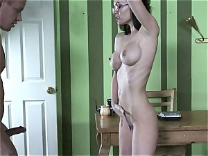 Brandi Edwards opens up her lips lush this rock hard shaft