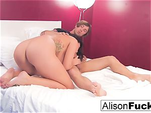 Alison gets her cunny romped