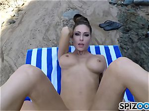 Beach culo Jessica Jaymes nailed deep in her sumptuous clittie vagina