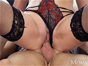 mom cuckold fat bra-stuffers stepmom Elen Million seduces