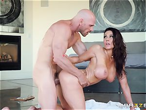 Kendra passion hammered after super-fucking-hot massage