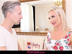 Karups - cougar Victoria unspoiled Has bday lovemaking