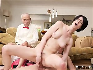 old stud jizzes in nubile and catch jerk off Frannkie goes down the Hersey highway
