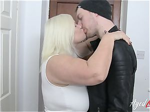 AgedLovE Lacey Starr seduces hardcore hookup lover