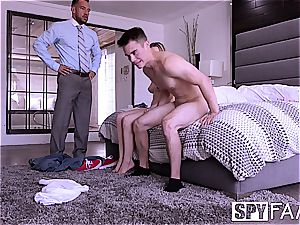 SPYFAM boyfriend sees gf pulverize Step parent