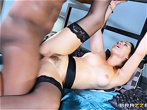 Dani Daniels takes this ample black knob with ease
