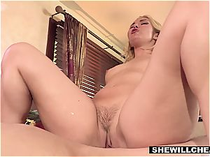 Aaliyah enjoy needs her urges taken care of