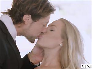VIXEN Nicole Aniston Surprises Her boyfriend With warm fucky-fucky
