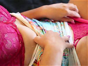 sexy Eva jacking