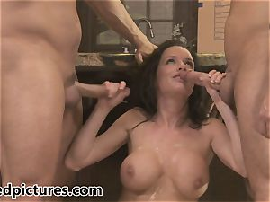 Veronica Avluv gets her vengeance with a steaming three-way