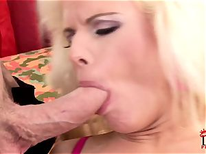 Victoria Rush jams her gullet with rock-hard spear